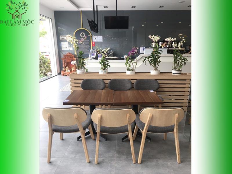 ban-ghe-go-quan-cafe-6
